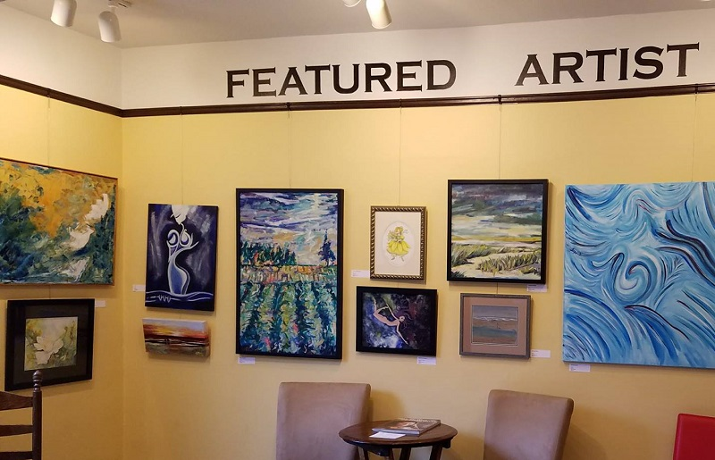 Featured Artist Room